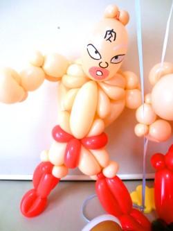 ラーメンマン・キン肉マン・祝電・ラーメン屋祝「送料無料 ラーメン屋さん開店祝バルーン&バルーンアート」バルーン電報になります。