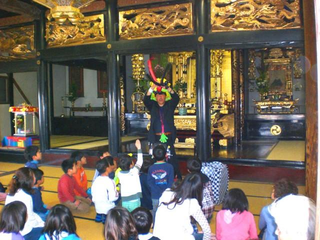 福岡県柳川市 行満寺様からバルーンショーのご依頼をいただきました。