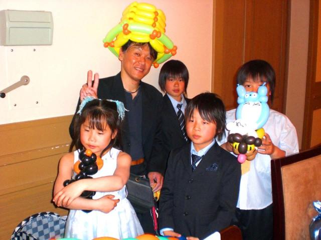 福岡県飯塚市 「グランドベルズ飯塚」 様からバルーンプレゼンターのご依頼をいただきました。