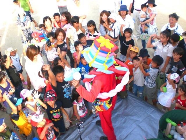 2010年 8月 福岡県北九州市 「千代夏祭り」 様からバルーンショー のご依頼をいただきました。