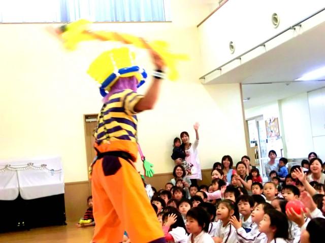 2011年10月福岡県大野城市「みずほ保育所」 父母の会 様からバルーンショーのご依頼をいただきました。