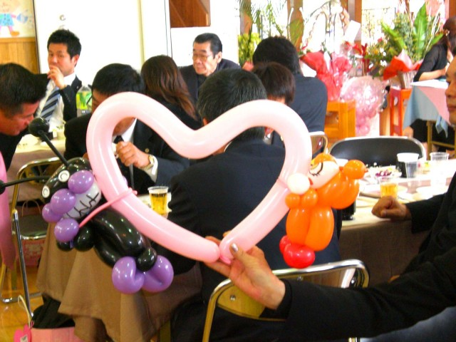 福岡県福岡市南区 しあわせの星保育園 様からバルーンパフォーマンスのご依頼をいただきました。