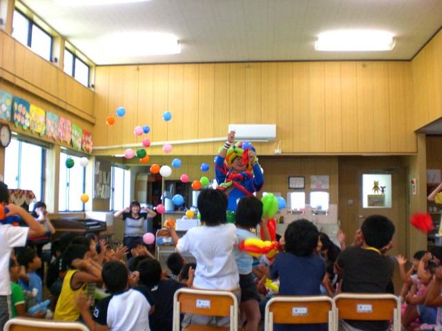 福岡県中間市 中間北学童保育所 様からバルーンショーのご依頼をいただきました。