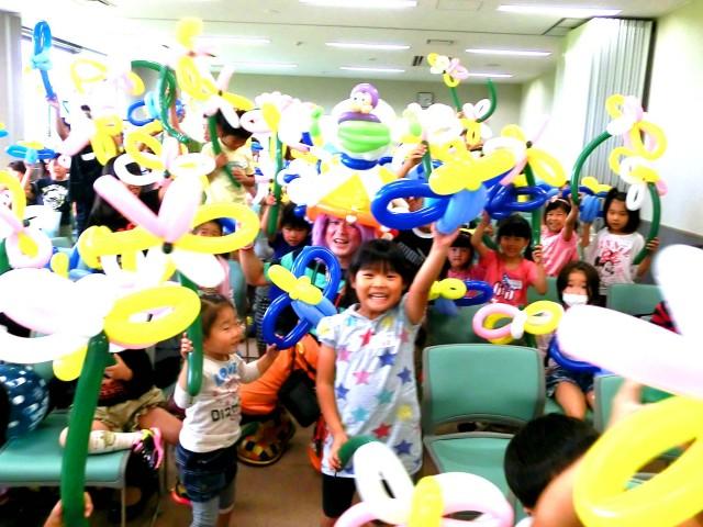 2012年 9月 佐賀県みやき町コミュニティーセンター様からバルーン教室のご依頼をいただきました。
