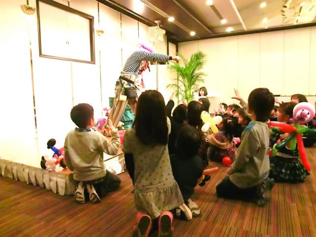 2011年12月大分県中津市「中津青年会議所」 様からバルーンショーのご依頼をいただきました。