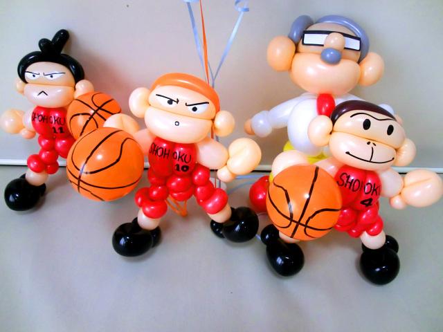 結婚祝・式場祝電・スラムダンク・バルーンギフト「バスケットボール大好きブライダルバルーン」バルーン電報になります。