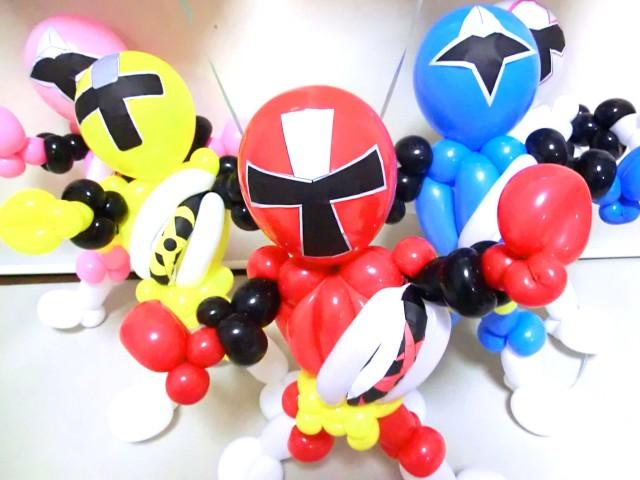 入学祝・入園祝「手裏剣戦隊ニンニンジャー お祝バルーン&バルーンアート」バルーン電報になります。