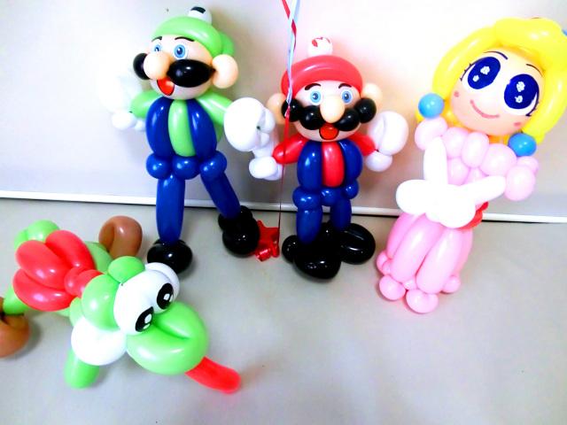 マリオ・ルイージ・ヨッシー・ピーチ姫・マリオカート・バルーンギフト「スーパーゲーム 誕生日祝バルーン」バルーン電報になります。