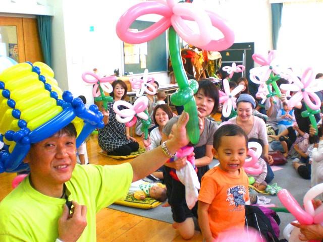 2010年10月 福岡県福岡市 「高取公民館」様からバルーン教室のご依頼をいただきました。