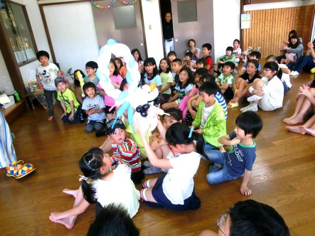 2015年 3月 福岡県北九州市 「小倉井筒屋」 様からバルーンショー&バルーン教室のご依頼をいただきました。