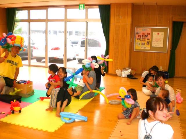 2010年7月福岡県福岡市 壱岐東公民館からバルーン教室 のご依頼をいたきました。 様