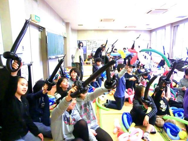 2012年 3月 福岡県福岡市 「光丘町育成会」 様からバルーンショーのご依頼をいただきました。