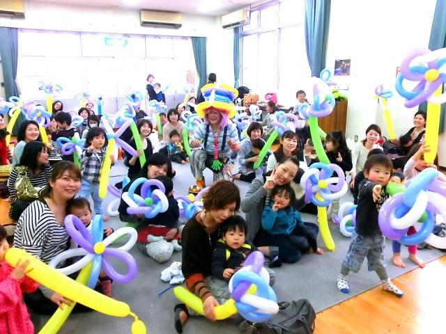 2013年 3月 福岡福岡市 「高取公民館」 様からバルーン教室のご依頼をいただきました。