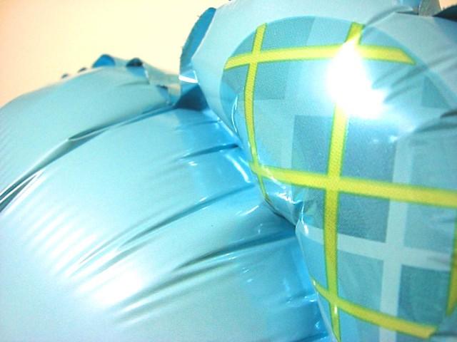 素敵なバルーン電報になります。出産お祝用のバルーンギフト 「ベアー&ブーツ ブルー」