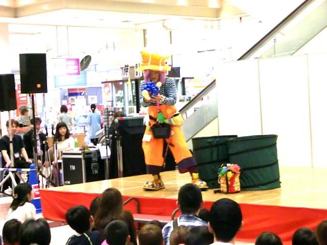 2012年5月福岡県筑紫野市「ゆめタウン筑紫野」様からバルーンショーのご依頼をいただきました。