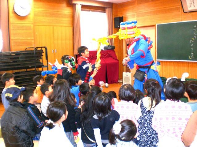 福岡県福岡市 「横手公民館」様からバルーンショーのご依頼をいただきました。