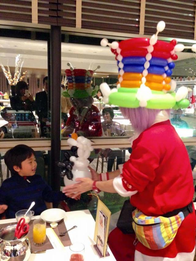 2014年12月 ホテル日航福岡 様からバルーンプレゼンターのご依頼をいただきました。